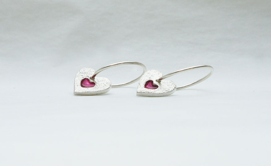 pink-heart-earrings-2